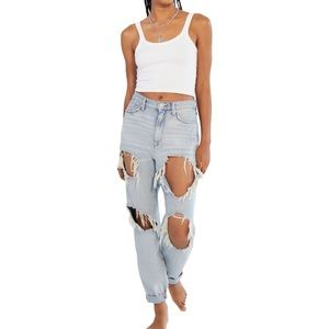 NWT - BDG HIGH-WAISTED MOM JEAN by Urban Outfitters